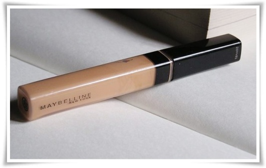 maybelline_fit_me_concealer